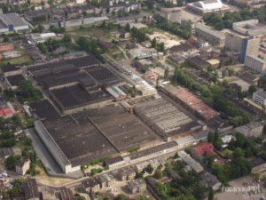 Fabryka Polmerino. Widoczne rozległe hale szedowe
